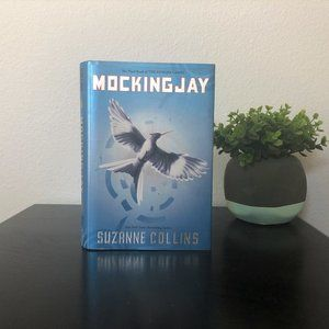 Other - Mockingjay by Suzanne Collins The Hunger Games